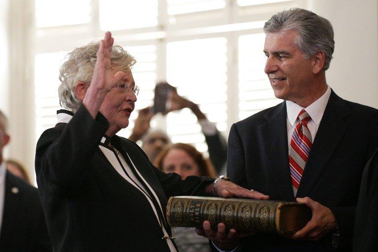 Kay Ivey is Sworn In